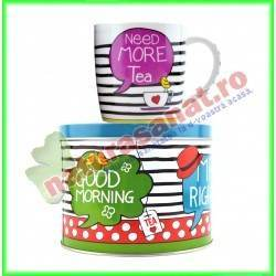 "Set ceai: Cana portelan + Cutie metalica ""Need more tea"" 300 ml  - Niavis"
